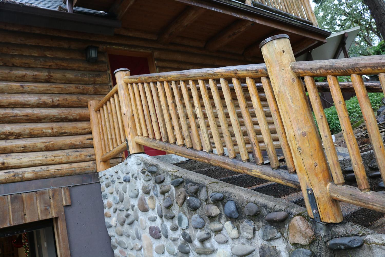 7b log home repair